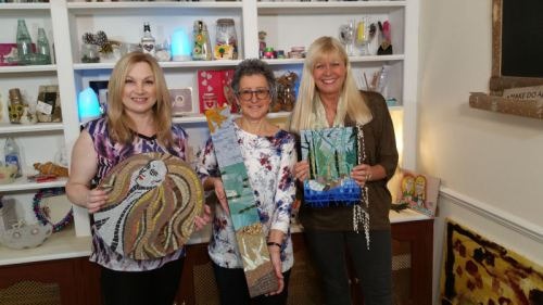 Crafty Beggars: Wendy, Rosanna and Julie